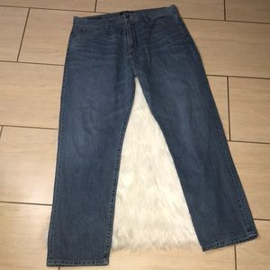 Lucky Brand 329 Classic Straight DellWood Jeans